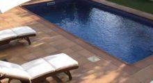 Ceramicas, gresites, mosaico malla, suelo porcelanico imitacion madera, marmol o antideslizante para piscinas o baños.